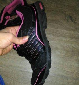 Кроссовки Adidas0