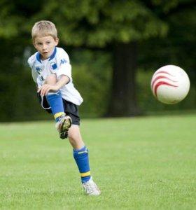 Бесплатный праздник по футболу (2-6 лет)