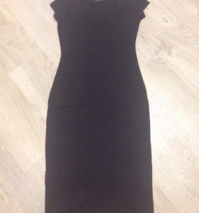 Платье, р-р 42-44, хлопок 95, новое, вырез сзади