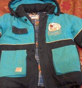 продам зимние куртки на мальчика