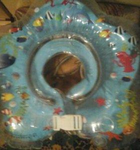 Круг для купания новый