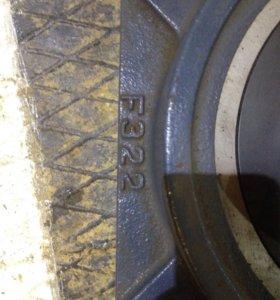Подшипниковый узел F322