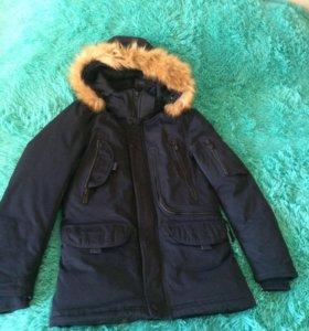 Продам зимнюю куртку на подростка