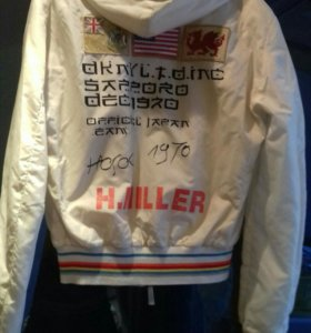 Куртка-бомбер DKNY
