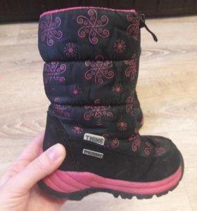 Продаю зимние ботинки twins
