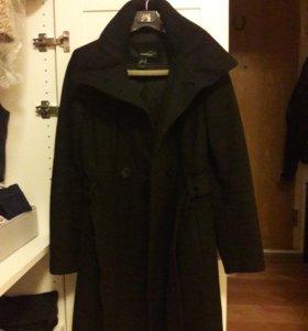 Пальто шерстяное.