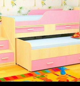 Кровать двухъярусная , новая