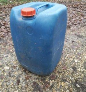 Канистра пластиковые для топлива,жидкости.