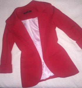 Пиджак красный 42р