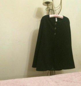 Пальто, накидка с прорезью для рук