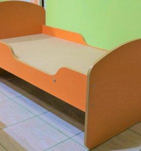 Кроватка ясельная