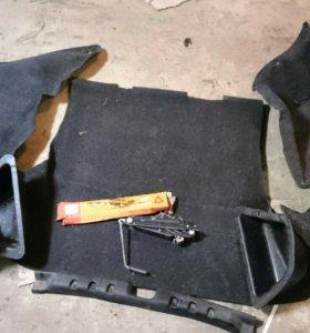 Обшивки багажника ВАЗ 2112, акустическая полка