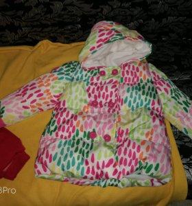 Куртка детская на 3 года.