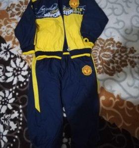 Спортивный костюм на мальчика 6-7 лет