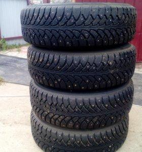 Продам зимние колёса на toyota town ace 205-70 R15