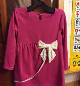 Платье на девочку р-р 110