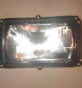 фара газ-3102, Камаз, Маз, УАЗ-3106 (с лампами)