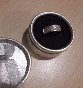 Кольцо серебро 925 цирконы. Комплект за 1500