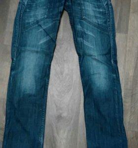 Мужские джинсы р.42-44