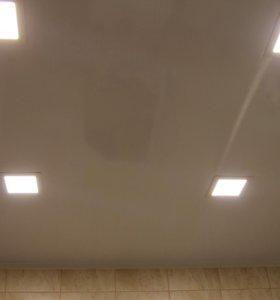 Потолок ПВХ панелями