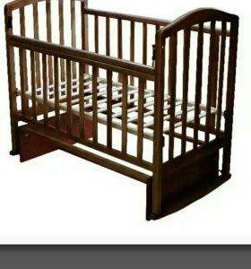 Детская кроватка с ортопед.матрасом