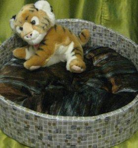 кроватка для кошки или небольшой собаки