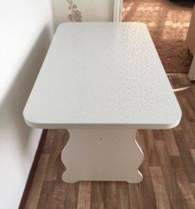 Продаётся новый обеденный стол