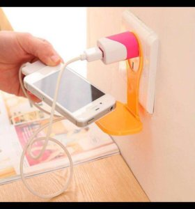 Подставка для телефона во время зарядки