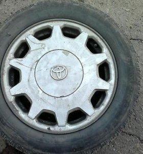Литой диск на Toyota Celsior R-16