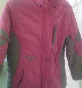 Детская куртка от зимнего костюма