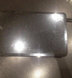 Ноутбук HP (почти новый) в идеальном состоянии