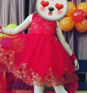красивое платье на выпускной из детского сада .
