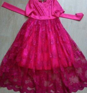 Продам шикарное платье.