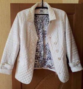 Куртка женская р.54-56 новая.