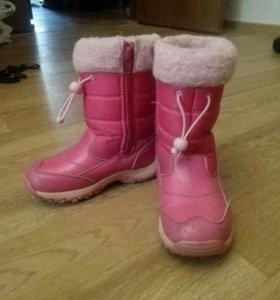 Сапожки зимние для девочки.