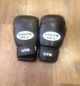 Боксерские перчатки Green Hill Gym