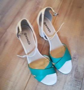 Туфли - босоножки