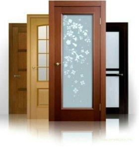 Чем покрыть деревянную дверь - советы новичкам.