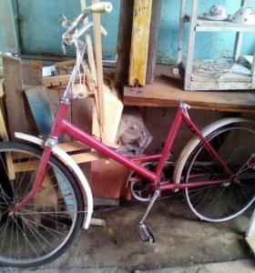 Велосипед Салют. В рабочем состоянии.шина,камера з