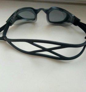Очки Reebok для плавания