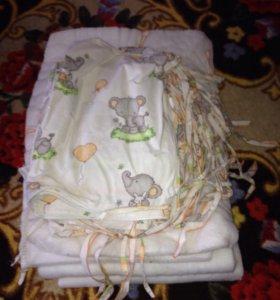 Бортики для детской кровати с постельным бельем