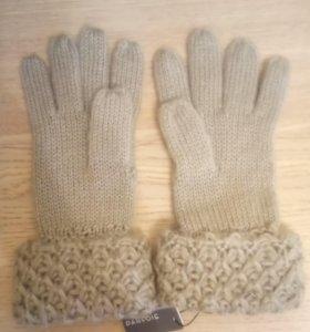 Новые перчатки Parfois