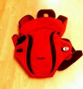 Рюкзак-переноска Tomy Freestyle Premier красный