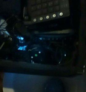 Клавиатуры и мышки.