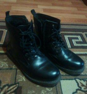Новые зимние мужские ботинки 42 размера