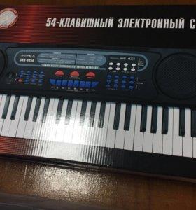 Новый синтезатор 🎹🎼🎼🎼🎼🎹