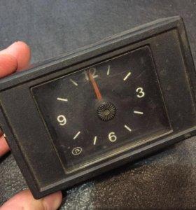 Часы 2110