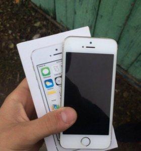 Продам iPhone 5s gold 64GB