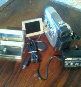 Плёночная видеокамера JVC