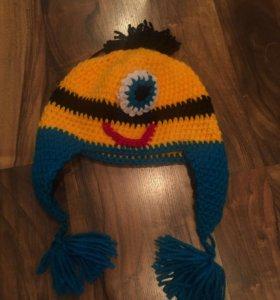 Новая яркая шапка на завязках «Миньон»